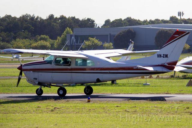 Cessna Centurion (VH-ZIK)