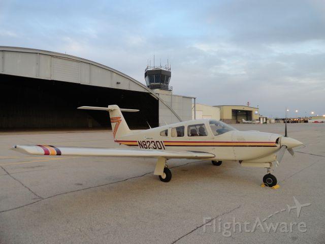 Piper Arrow 4 (N82301)