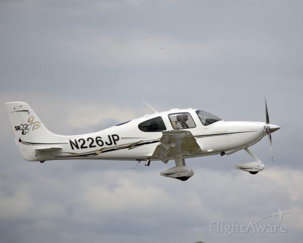 Cirrus SR-22 (N226JP) - Take off runway 15.