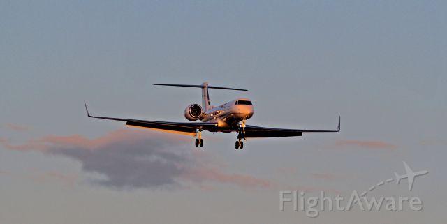 Gulfstream Aerospace Gulfstream G650 — - Landing after test flight