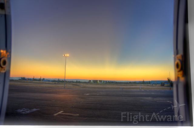 Cessna Citation X (FIV701) - Early Morning view out the door in CA