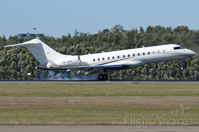 Bombardier Global Express (VH-UPH)