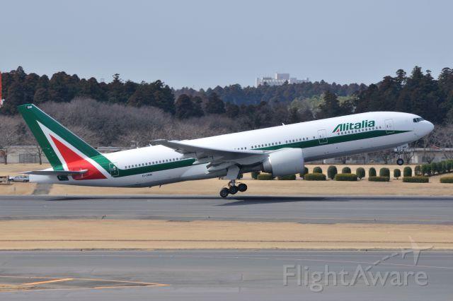 Boeing 777-200 (EI-DBM) - 2012/3/14