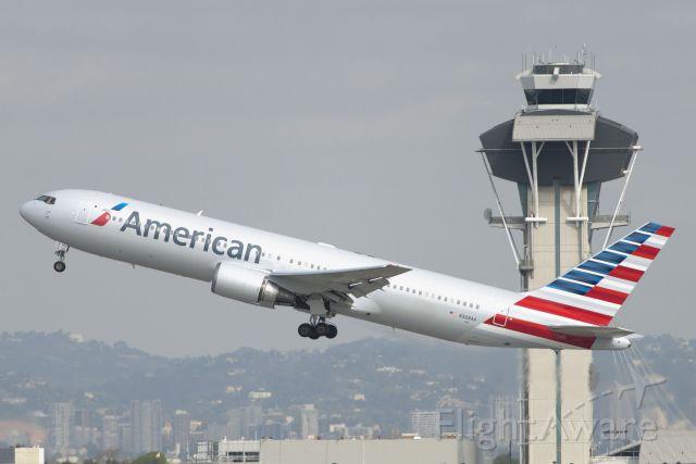 BOEING 767-300 (N368AA) - N368AA  Boeing  B737-323  AAL  KLAX  20130306  4843