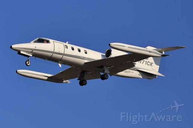 Learjet 35 (N71CK) - 1-12-19