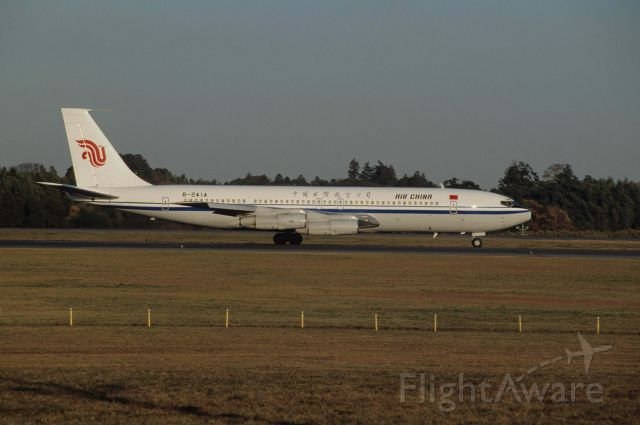 Boeing 707-300 (B-2414) - Departure at Narita Intl Airport Rwy16 on 1990/12/03
