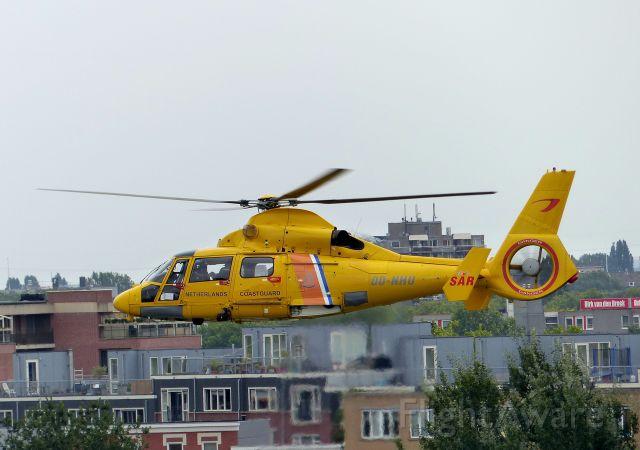 OO-NHU — - Noordzee Helikopters Vlaanderen Eurocopter AS-365n-3 Dauphin 2 c/n 6665 at Rotterdam on 02/09/16. Giving display over river