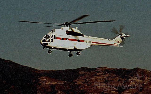 9N-RAD — - Aéroport de Katmandou, janvier 1978. <br />Hélicoptère Aérospatiale SA330G Puma. Propriété du gouvernement du Népal.
