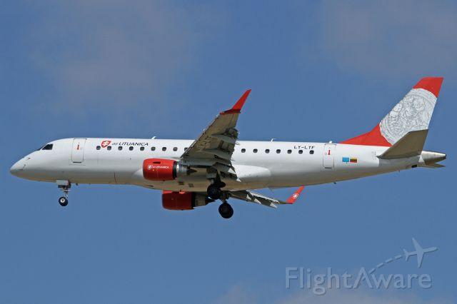 Embraer 175 (LY-LTF)