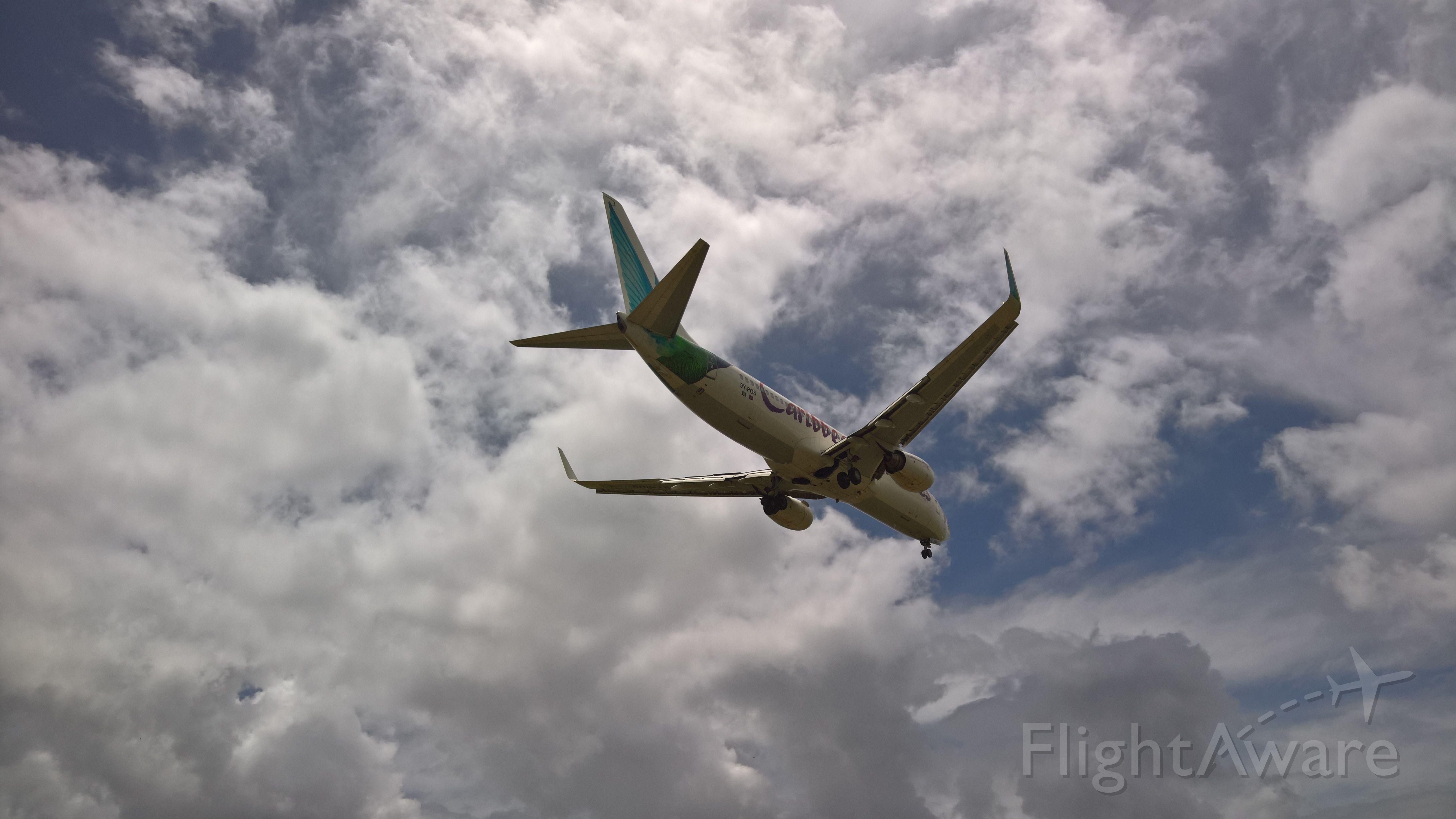 Boeing 737-800 (9Y-POS)