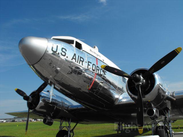 Douglas DC-3 (N47E) - Miss Virginia at Sun