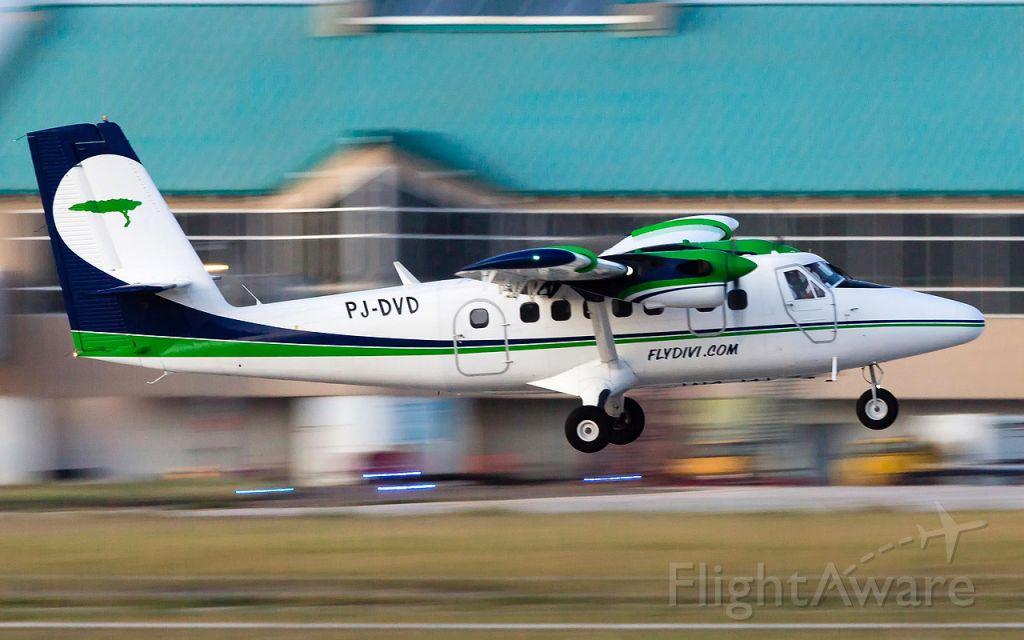 De Havilland Canada Twin Otter (PJ-DVD) - Panning shot departing back to Curacao.