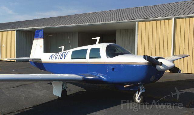 Mooney M-20 (N7016V) - Mooney M20F