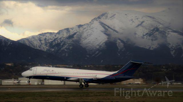 McDonnell Douglas DC-9-30 (N205US)