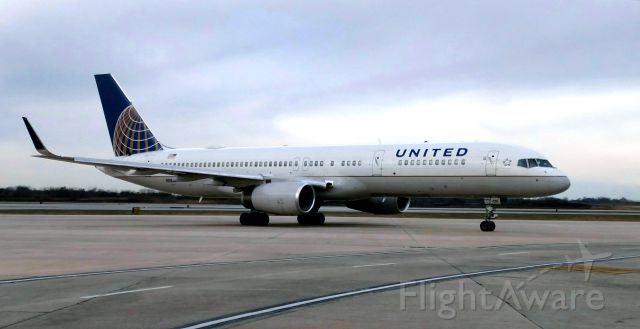 Boeing 757-200 (N58101) - Super Bowl Charter from San Francisco.