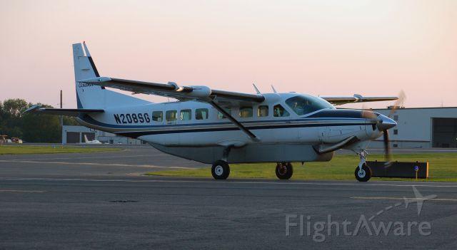 Cessna Caravan (N208SG) - Taxiing in from landing