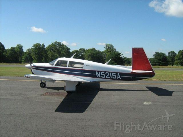 Mooney M-20 (N5215A)