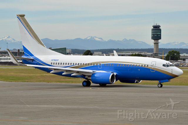 Boeing 737-700 (N788DP)