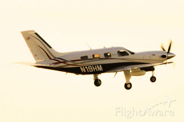 Piper Malibu Mirage (N19HM)