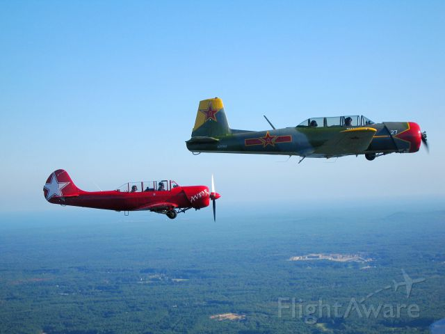 """YAKOVLEV Yak-52 (N52XS) - Formation flying with N310JH, N52XS and N21740 (among others) as part of """"Operation Pumpkin Drop"""" 9/20/2008"""