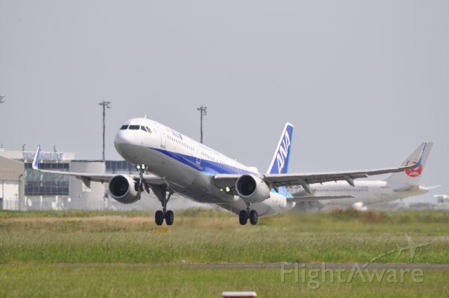Airbus A321 (JA113A)