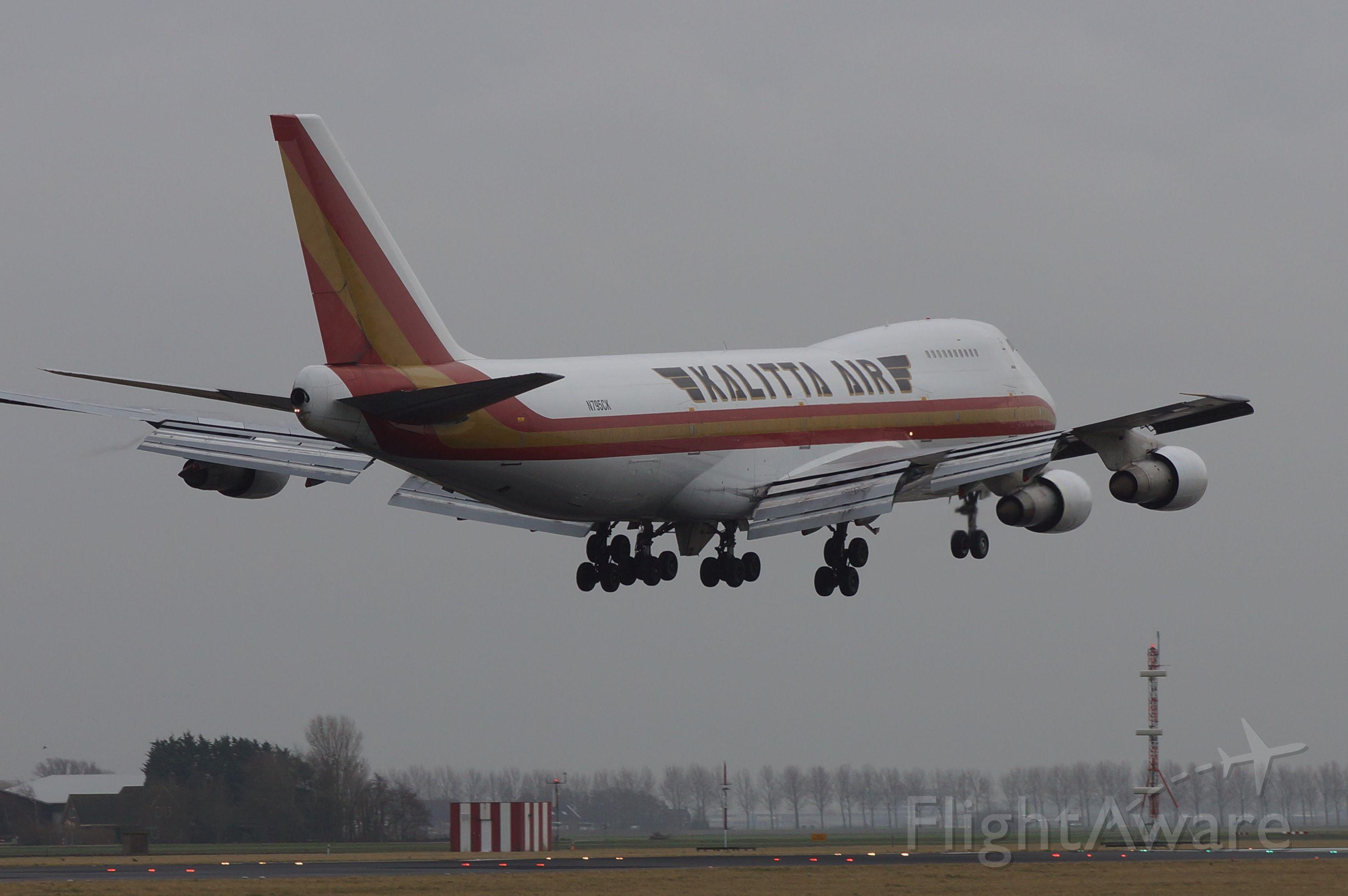 Boeing 747-200 (N795CK)