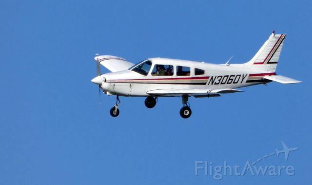 Piper Cherokee (N3060Y) - On final is this 1979 Piper Cherokee in the Autumn of 2018.