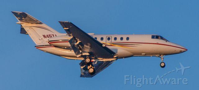 Raytheon Hawker 800 (N457J)