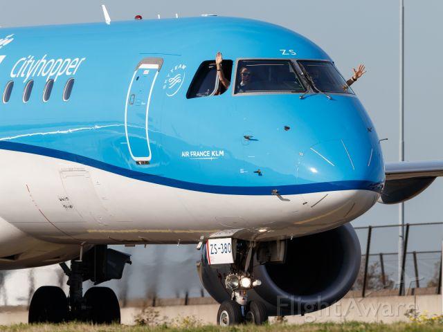 Embraer 170/175 (PH-EXK)