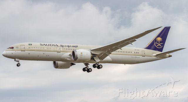 Boeing 787-9 Dreamliner (HZ-ARA)