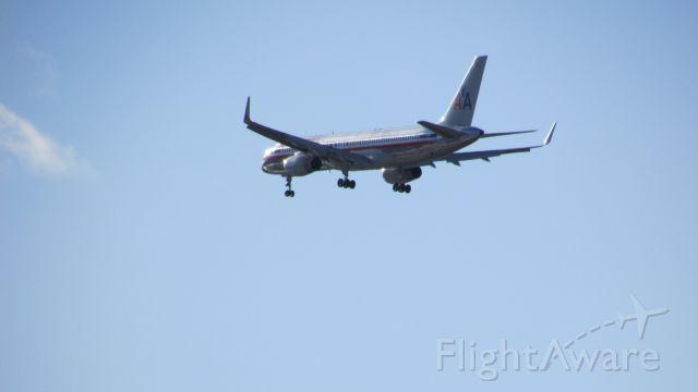 Boeing 757-200 (N524AA)