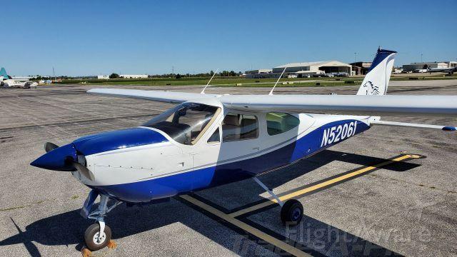 Cessna 177RG Cardinal RG (N52061) - asd