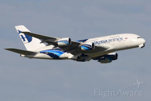 Airbus A380-800 (9M-MNB)