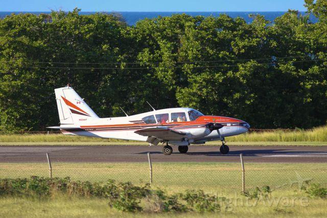 Piper Apache (N6044Y)