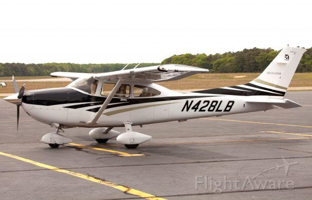 Cessna Skylane (N428LB)