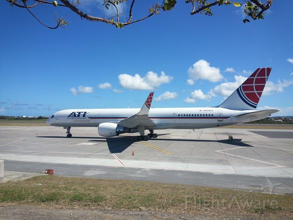Boeing 757-200 (N751CX)