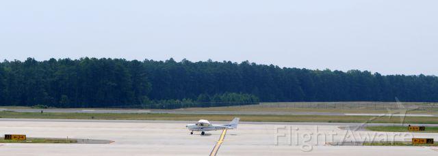 Cessna Skyhawk (N2298W)