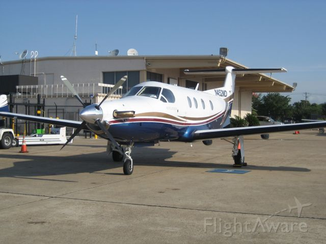 Pilatus PC-12 (N452MD) - N452MD at Atlantic Aviation Houston Hobby