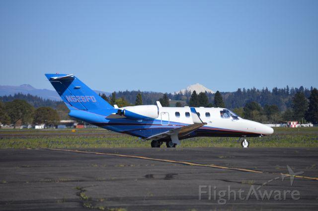 Cessna Citation CJ1 (N529FD) - Taxiing for departure to Medford (KMFR/MFR).