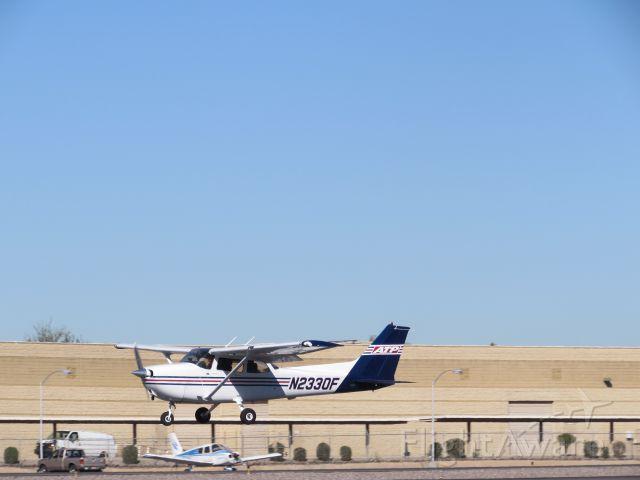 Cessna Skyhawk (N2330F)