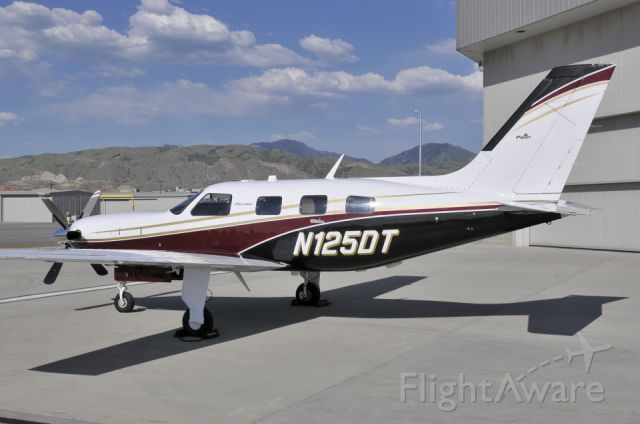 Piper Malibu Mirage (N125DT)