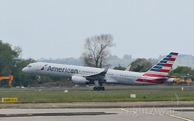 Boeing 757-200 (N941UW) - american b757-2b7 n941uw dep shannon for philadelphia 7/5/17.