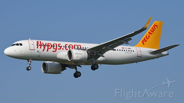 Airbus A320 (TC-NBE)