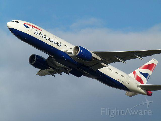Boeing 777-200 (G-YMMJ)