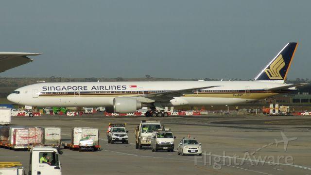 BOEING 777-300ER (9V-SWE) - Singapore Airlines 777-312ER 9V-SWE at Melbourne Airport Australia 31 Oct 2019