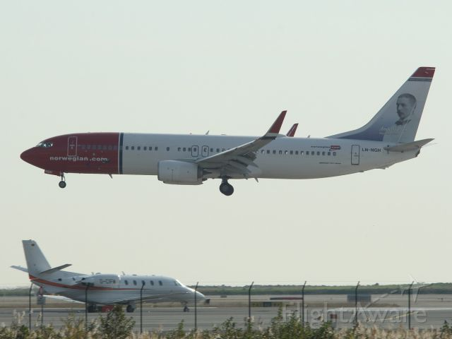 Boeing 737-800 (LN-NGH) - 12 nov 2015