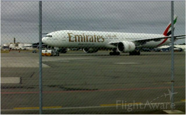 — — - CHC 25/11/2010 on the way to SYD