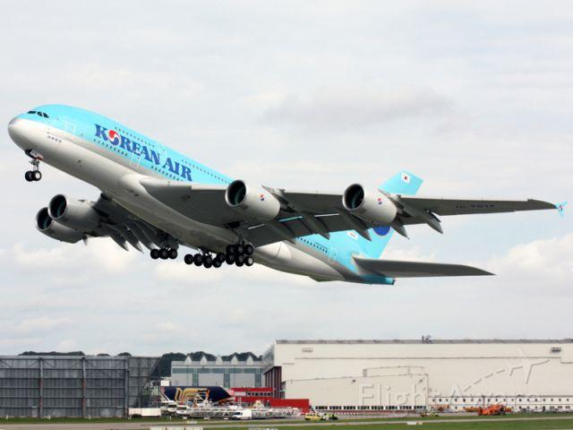 Airbus A380-800 (F-WWSJ)