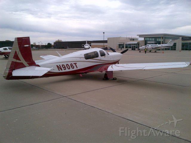 Mooney M-20 Turbo (N906T)