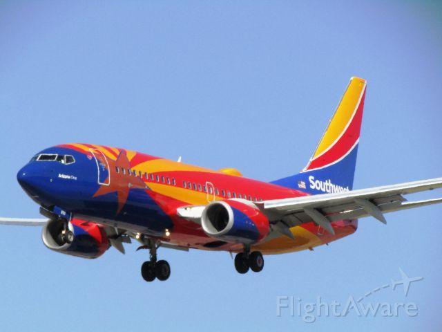 Boeing 737-700 (N955WN) - Landing RWY 30